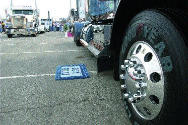 BEAUTY: Aluminum wheels go a long way towards beautifying a truck, making them popular with image-conscious fleets and O/Os.Photo provided by Alcoa
