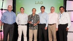 Frio Servicio: Carrier Transicold's 2013 Latin American Dealer of the Year